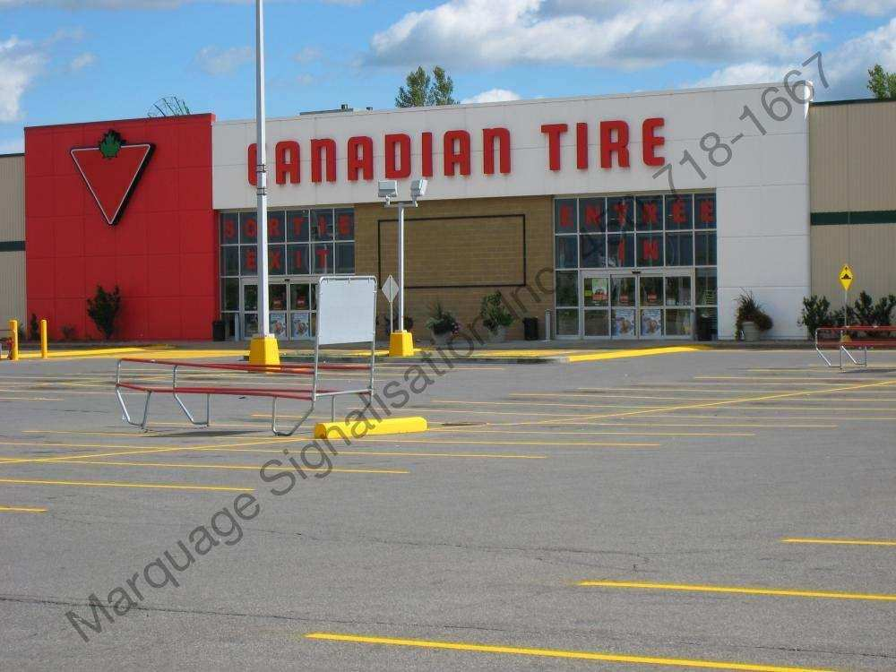 Stationnement Canadian Tire Delson